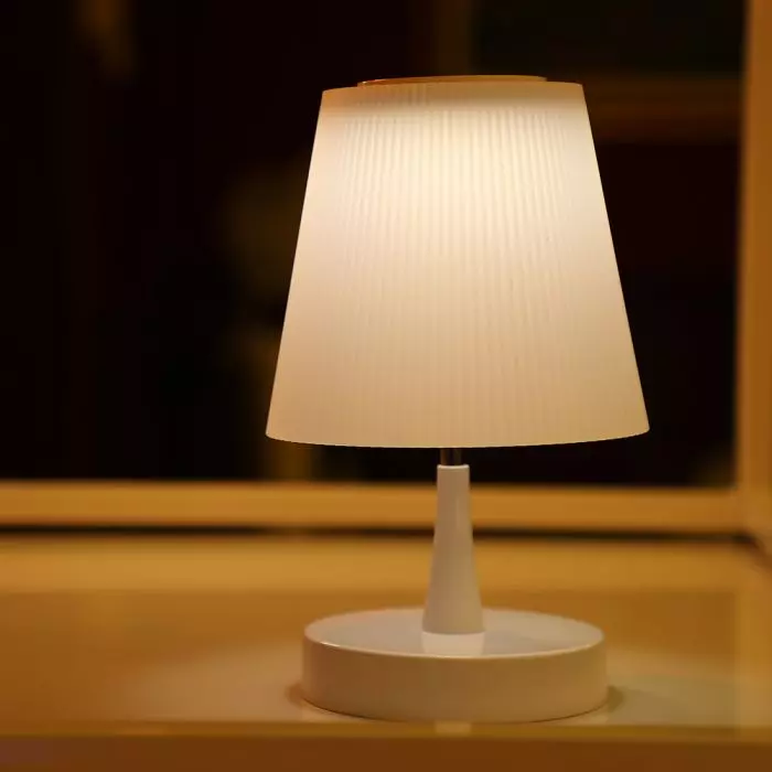 VT-7515 5W LED RECHARGEABLE DESK LAMP(TOUCH DIMMING)-WHITE SHADE 3000K